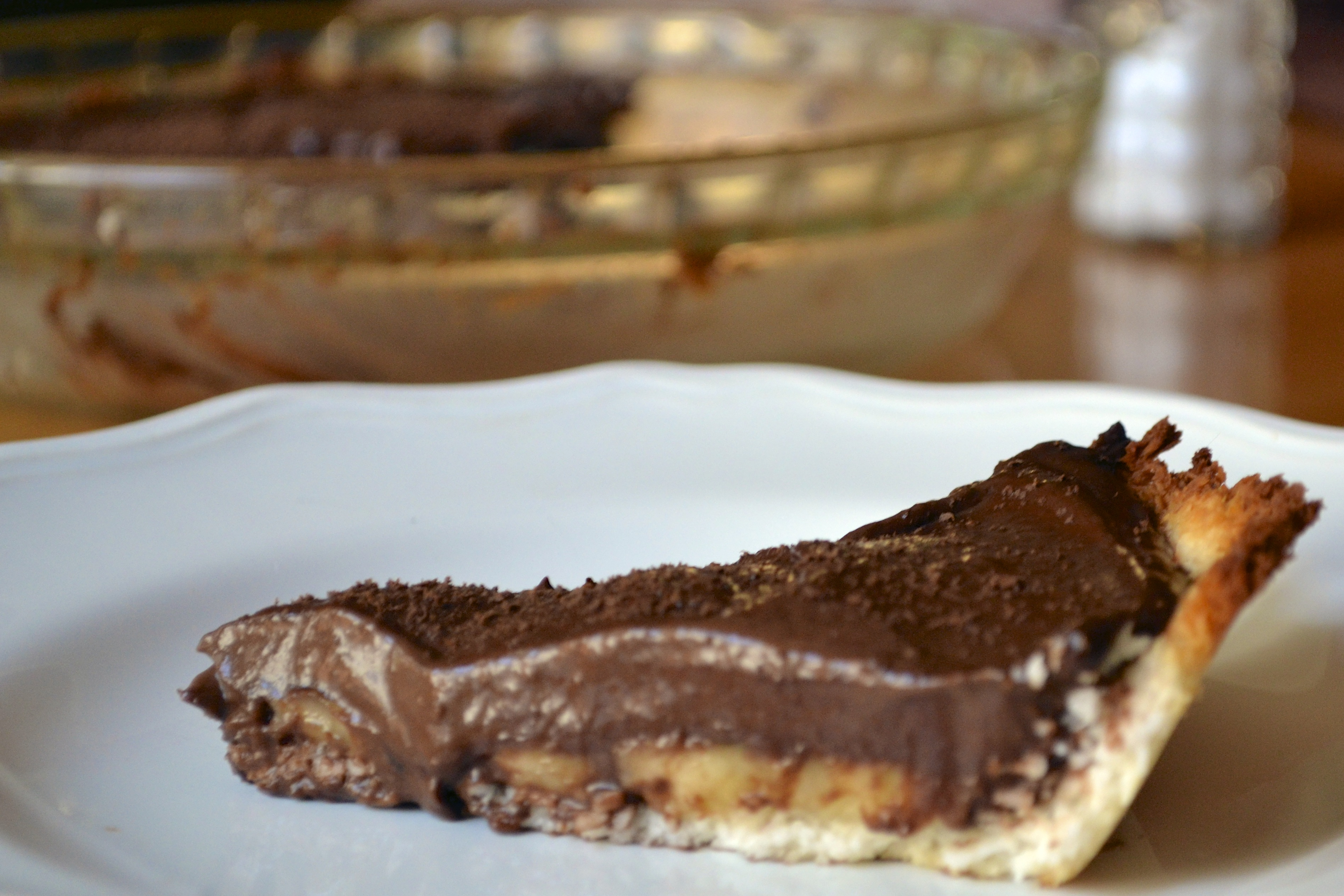 Chocolate Banana Pie with Coconut Macaroon Crust (Grain Free and Dairy ...
