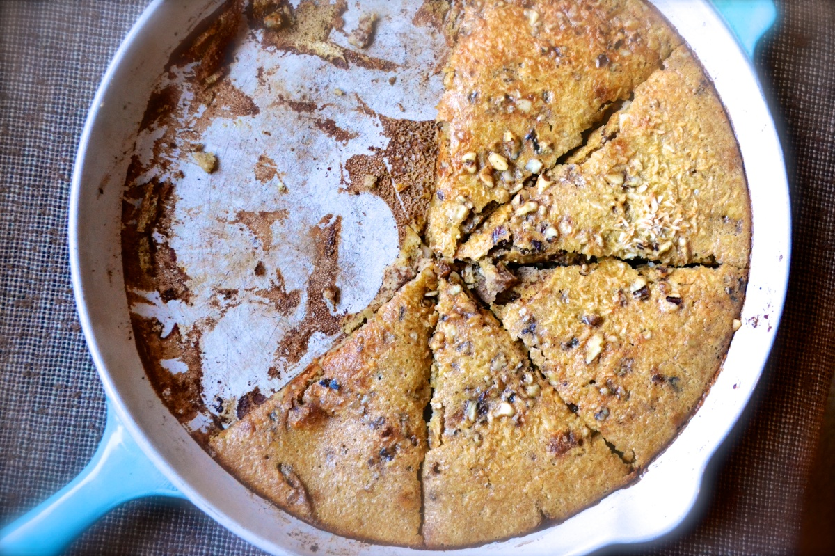 German-Style Cinnamon Apple Walnut Pancake (Gluten Free)