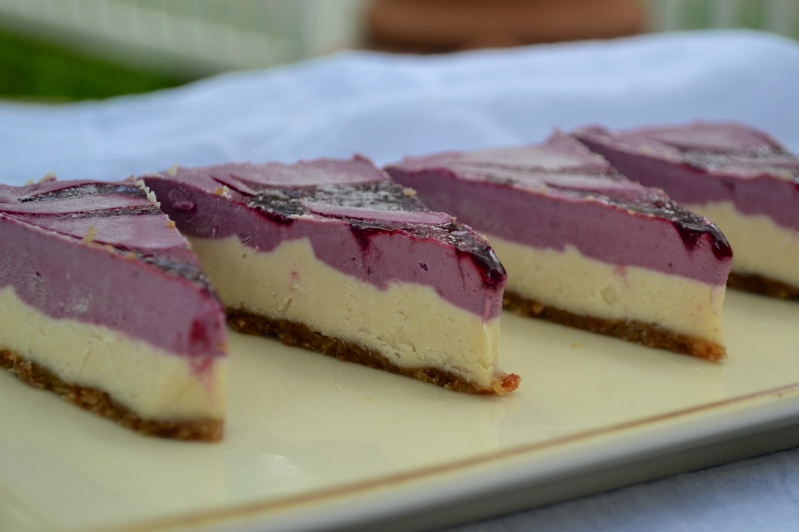 Blackberry Cashew Cheesecake