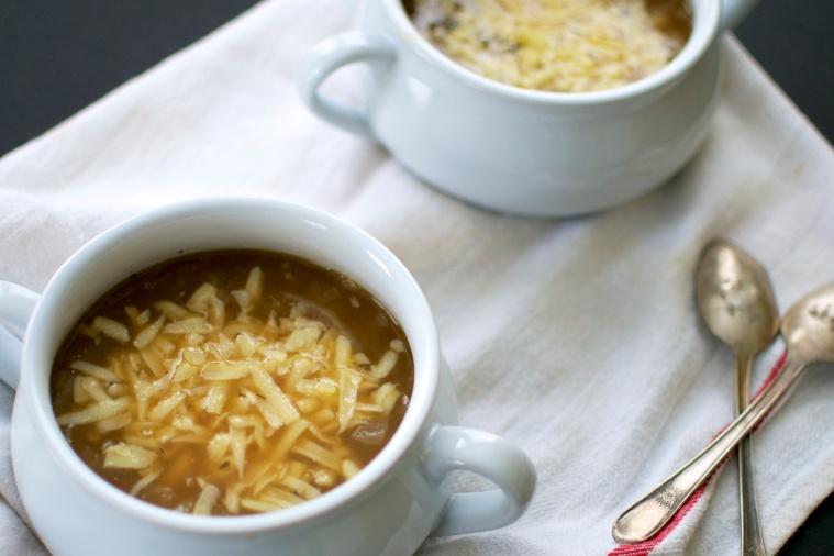 Gluten Free French Onion Soup / Big Eats Tiny Kitchen