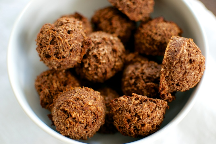 Chocolate and Peanut Butter Macaroons / Big Eats Tiny Kitchen