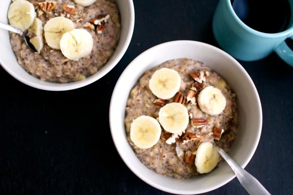 Banana Nut Oatmeal (Gluten Free, Dairy Free) // Big Eats Tiny Kitchen